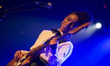 cropped-lianne-la-havas-the-olympia-dublin-by-leah-carroll_1-1.jpg